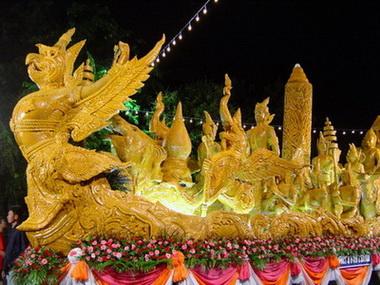 งานประเพณีแห่เทียนพรรษาอุบลราชธานี ประจำปี 2556 ระหว่างวันที่ 1 – 31 กรกฎาคม 2556